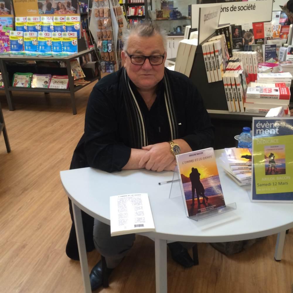 Arilde Bacon le 12 mars à la librairie Cultura de Villefranche.